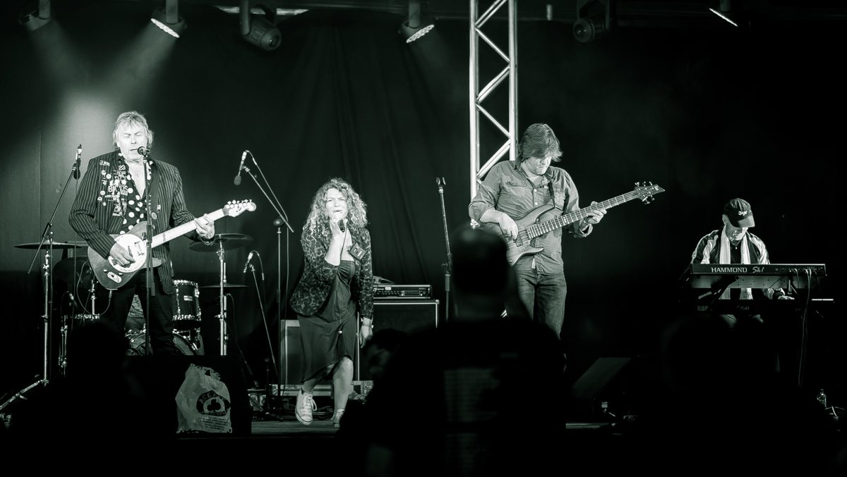 3AM at The Railway Hotel Greenford on Saturday, September 23rd 2017